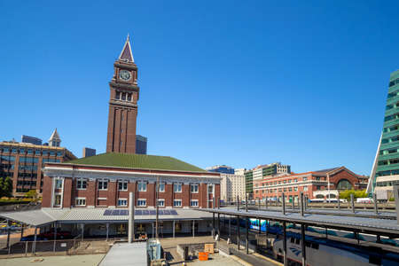 king street: SEATTLE - JULY 5:  King Street Station in Seattle on July 5, 2014. It built between 1904 and 1906 by the Great Northern Railway and Northern Pacific Railway