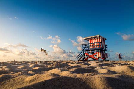 사우스 비치, 마이애미 비치, 플로리다에서 다채로운 기병 타워 스톡 콘텐츠