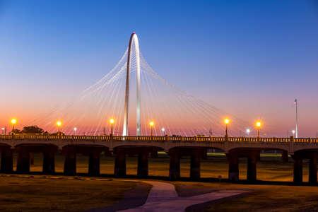 Margaret Hunt Hill bridge by night. Margaret Hunt Hill Bridge is a Santiago Calatrava-designed bridge built over the Trinity River. 写真素材
