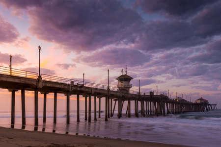 huntington beach: the Huntington Beach pier at sunrise, CA