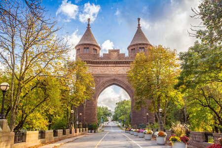 brownstone: Soldiers and Sailors Memorial Arch in Hartford, Connecticut commemorating the Civil War.