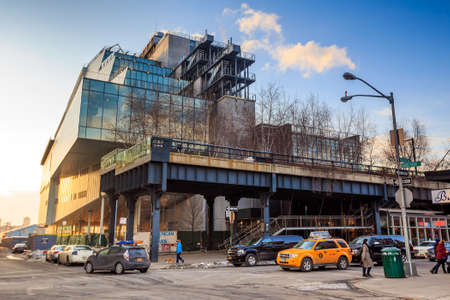 manhattans: NEW YORK CITY - FEB 13: High Line Park in NYC seen on February 13, 2015. The High Line is a public park built on an historic freight rail line elevated above the streets on Manhattans West Side. Editorial