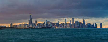 hancock building: Downtown Chicago Skyline at dusk