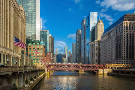 시카고 시내와 시카고 강