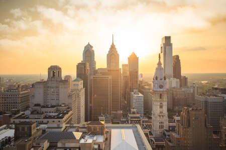 philadelphia: Skyline of downtown Philadelphia at sunset