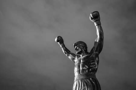 PHILADELPHIA - May 6: The Rocky Statue in Philadelphia, USA, on May 6, 2015. Originally created for the movie Rocky III, the sculpture is now a real-life monument to a celluloid hero 報道画像