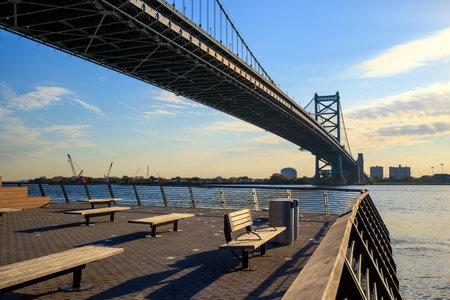 ben franklin: Ben Franklin Bridge in  Philadelphia USA Editorial