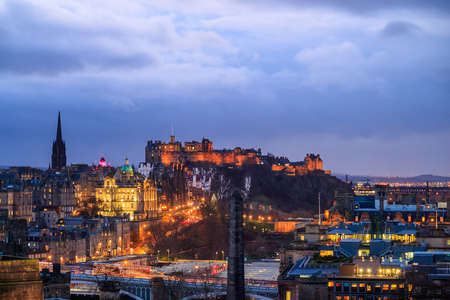 lothian: Old town Edinburgh and Edinburgh castle at night, Scotland UK