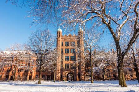 뉴 헤 이븐, 코네티컷 미국 코네티컷에서 겨울에 예일 대학 건물