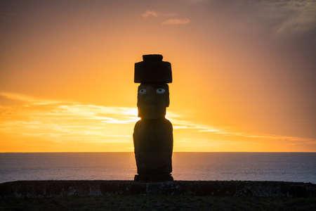 moai: Silhouette shot of Moai statues in Easter Island, Chile