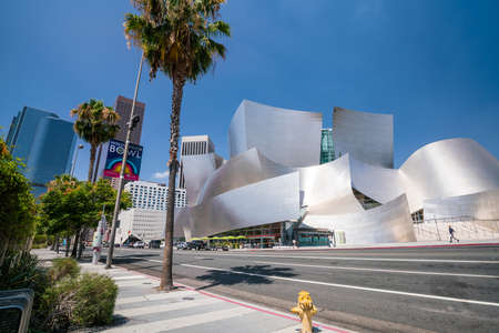 frank   gehry: LOS ANGELES - JULY 12: Walt Disney Concert hall on July 12, 2016 in LA. The concert hall  design by architect Frank Gehry