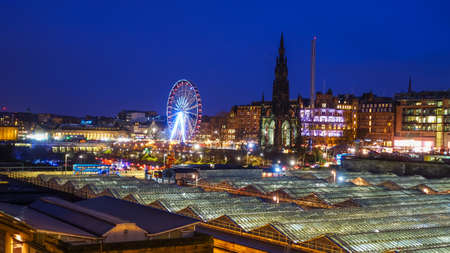lothian: Winter festival in Old town Edinburgh  at night, Scotland UK