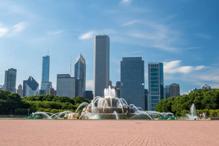 Buckingham fountain in Grant Park, Chicago in USA Stock Photo
