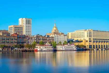 Riverfront of downtown Savannah in Georgia, USA 스톡 콘텐츠