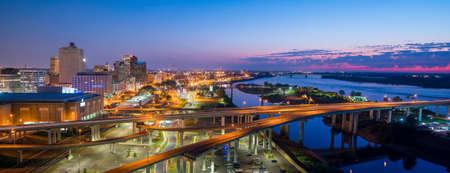 Widok z lotu ptaka centrum panoramę Memphis w Tennessee, USA
