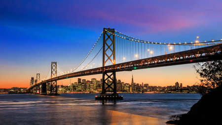 San Francisco skyline and Bay Bridge at sunset, California USA Zdjęcie Seryjne