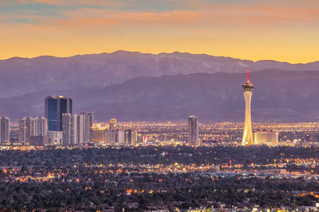 Panorama cityscape view of Las Vegas at sunset in Nevada, United States of America Imagens