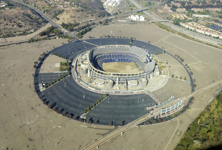 super bowl: Aerial view of Qualcomm Stadium, San Diego in Southern California, United States of America and trolley line. A stadium used for concerts, the super bowl, football, baseball games and other sports.