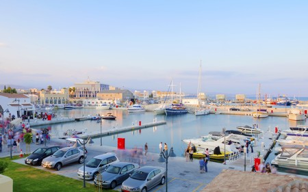 colonade: The beautiful Marina in Limassol city in Cyprus. A very modern, high end and newly developed area where yachts are moored and its perfect for a waterfront promenade. A gem of the Mediterranean.