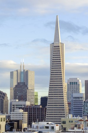 montgomery: The Transamerica Pyramid in San Francisco, California, United States of America. The tallest skyscraper in the city skyline, situated in downtown financial district on Montgomery street housing commercial offices.