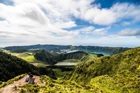 Panoramic landscape overlooking three amazing ponds, Lagoa de Santiago, Rasa and lagoa Azul, Lagoa Seven Cities. Banco de Imagens