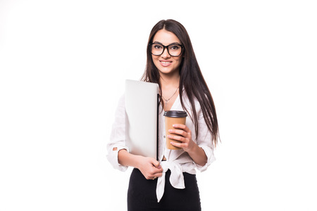 Portrait of smiling attractive businsswoman holding take away coffee cup isolated over white background 版權商用圖片