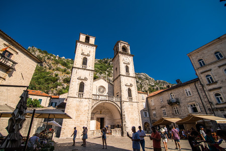KOTOR, MONTENEGRO - JULY 2019: View on a small square in old town in Kotor, Montenegro. Kotor is town on coast of Montenegro on the Bay of Kotor 報道画像