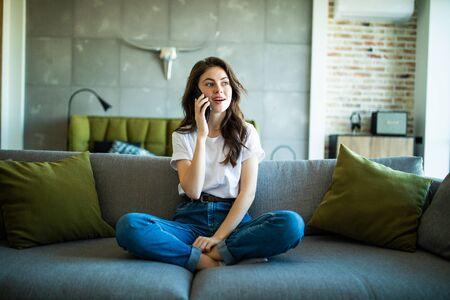 Attractive girl talking on the phone 版權商用圖片