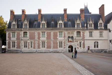 the facade of the Louis XII wing, with the main entrance of the castle of Blois