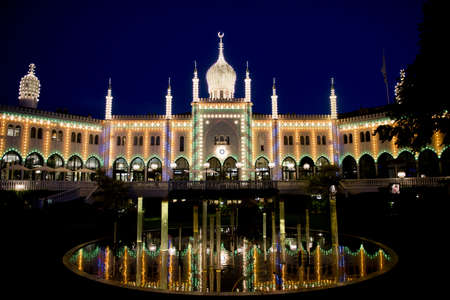 Nimb, moorish palace in Tivoli, Copenhagen, illuminated Редакционное