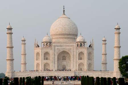 shah: Taj Mahal, mausoleum erected by Shah Jahan, mughal Emperor, in honor of his wife Mumtaz Mahal