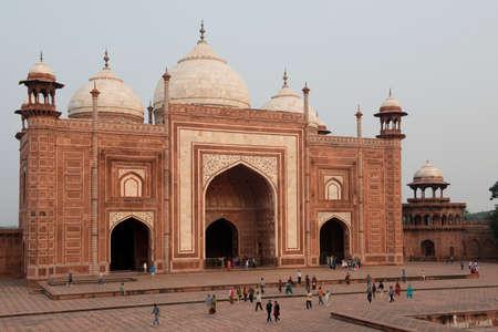 mumtaz: Mosque of the Taj Mahal, mausoleum erected by Shah Jahan, mughal Emperor, in honor of his wife Mumtaz Mahal