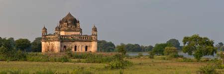 hinduist: Little hinduist temple, only few kilometers far from Orchha, Madhya Pradesh