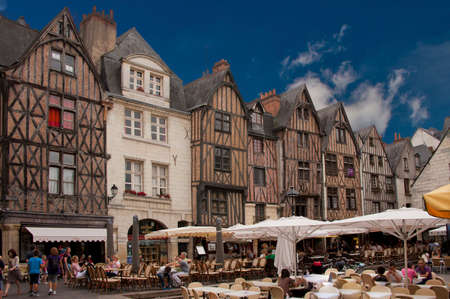 et: the medieval square  place plumereau in the vieux tours Editorial