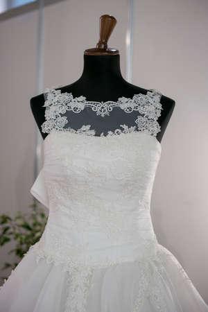 bridal gown: Maniqu� con vestido de novia para el d�a de la boda