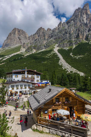 mountain hut: View over Gardeccia Mountain Hut and the Rosengarten Group in the Dolomites. Editorial