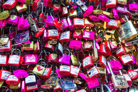 wedding bride: Love Padlocks in face of Juliet House in Verona, Italy, site of Romeo and Juliet Drama