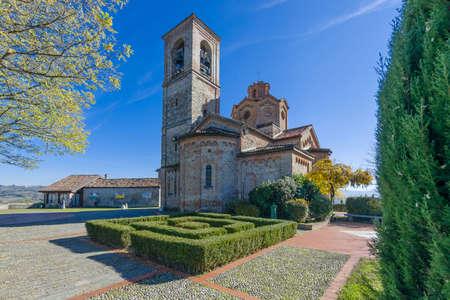 parish: The parish church of San Martino in Gavazzana, Piedmont, Italy