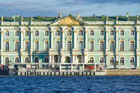 The winter palace, part of the Hermitage museum in Saint Petersburg Редакционное