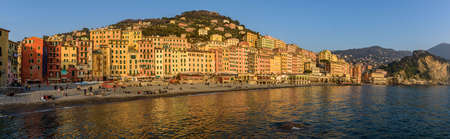 View over the fisherman village of Camogli in the Italian Riviera Imagens