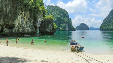Beach in Andaman sea, Thailand, Asia Banco de Imagens - 106183749