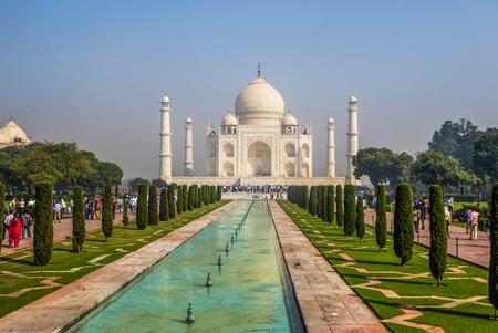 Mauzoleum Taj Mahal w Agrze, stan Uttar Pradesh, północne Indie