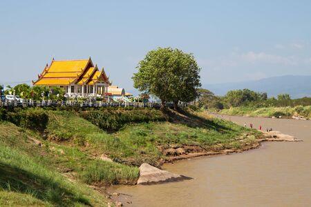 Wat A-Hong Silawas temple, on Mekong river, Tambon Khaisri, Amphoe Bungkan, Nong Khai, Thailand Standard-Bild
