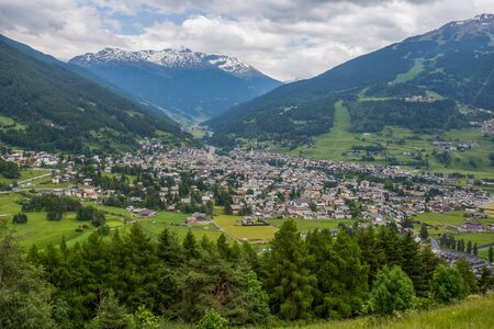 Top view of Bormio in summertime, an Italian town in the province of Sondrio in Lombardy and renowned winter and summer tourist resort in the Alps, Italy. Banco de Imagens