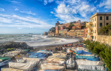 GENOA, ITALY, OCTOBER 10, 2018 - View of Genoa Vernazzola beach in a sunny day of autumn with blue sky with clouds. Standard-Bild - 133577669