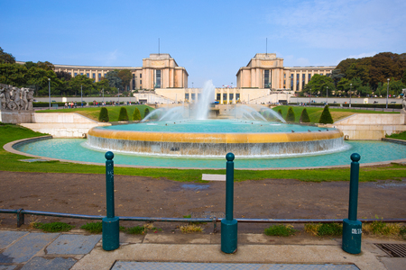PARIS, FRANCE, SEPTEMBER 5, 2018 - View of Trocadero in Paris, France, in a sunny day with blue sky. Standard-Bild - 133577670