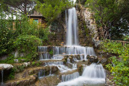 Waterfall in Villetta Di Negro Park in the city of Genoa, Italy Standard-Bild - 134071056
