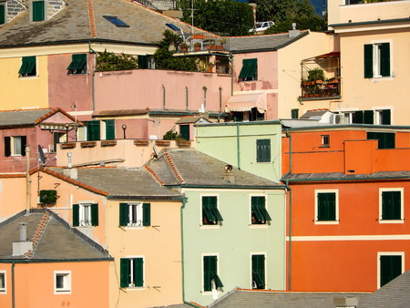 GENOA, ITALY, OCTOBER 22, 2019 - Typical colorful houses in Genoa Boccadasse, Italy. Standard-Bild - 134057825