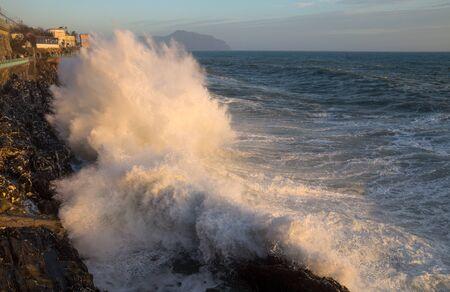 Rough sea in Genoa Nervi,  ligurian coast, Italy Standard-Bild - 141962102