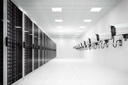 prisma: centro de datos con la c�mara de CCTV en una larga fila
